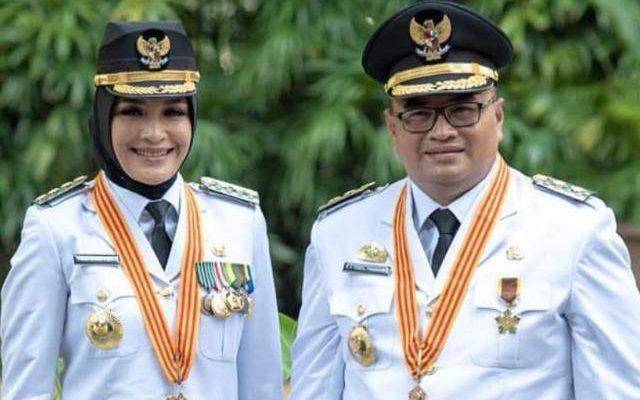 Foto Resmi Bupati dan Wakil Bupati Probolinggo – Bagian Protokol dan  Komunikasi Pimpinan